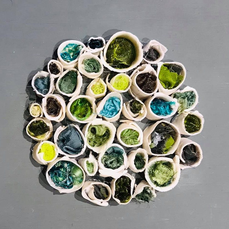 Small porcelain tubes (greens)